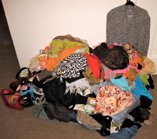 wardrobe decluttering5